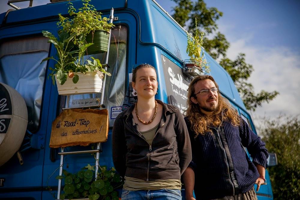 Hélène Legay et Benoit Cassegrain, réalisateurs de la série documentaire SideWays, la websérie itinérante